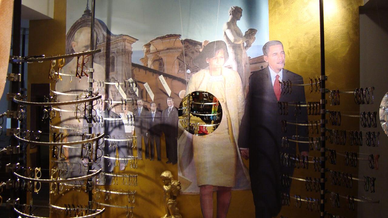 Installationen_OH Berlusconi1